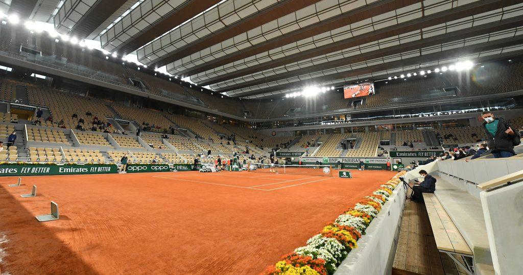 Inauguration du toit du court Philippe-Chatrier lors du match opposant Goffin à Sinner.